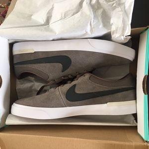 Nike SB Koston Hypervulc sneakers